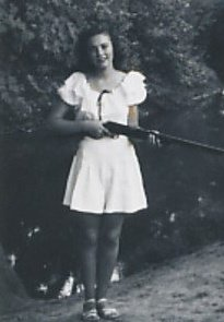 Mom knew how to use that gun, Phyllis Grogan Byers
